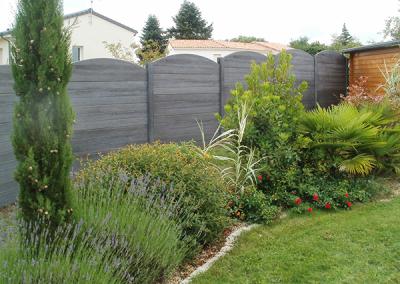 Clôture en béton aspect bois gris anthracite