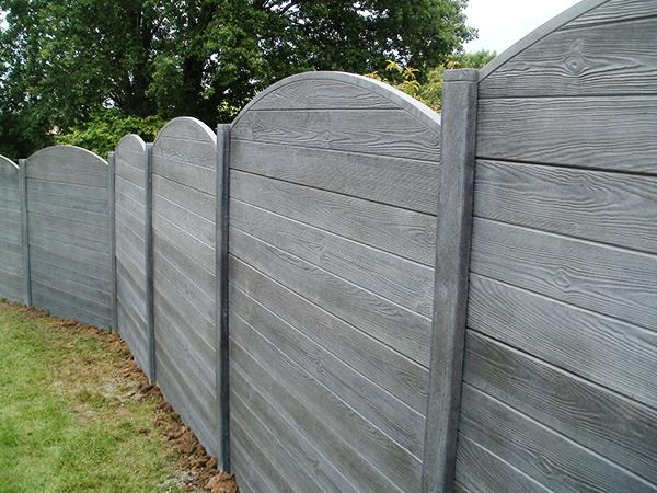 cloture bois gris