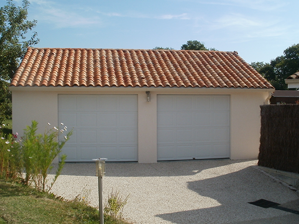 R alisations garages en b ton pr fabriqu s sodibat for Construction garage double