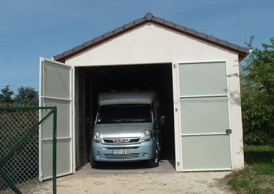 Garage camping-car en béton